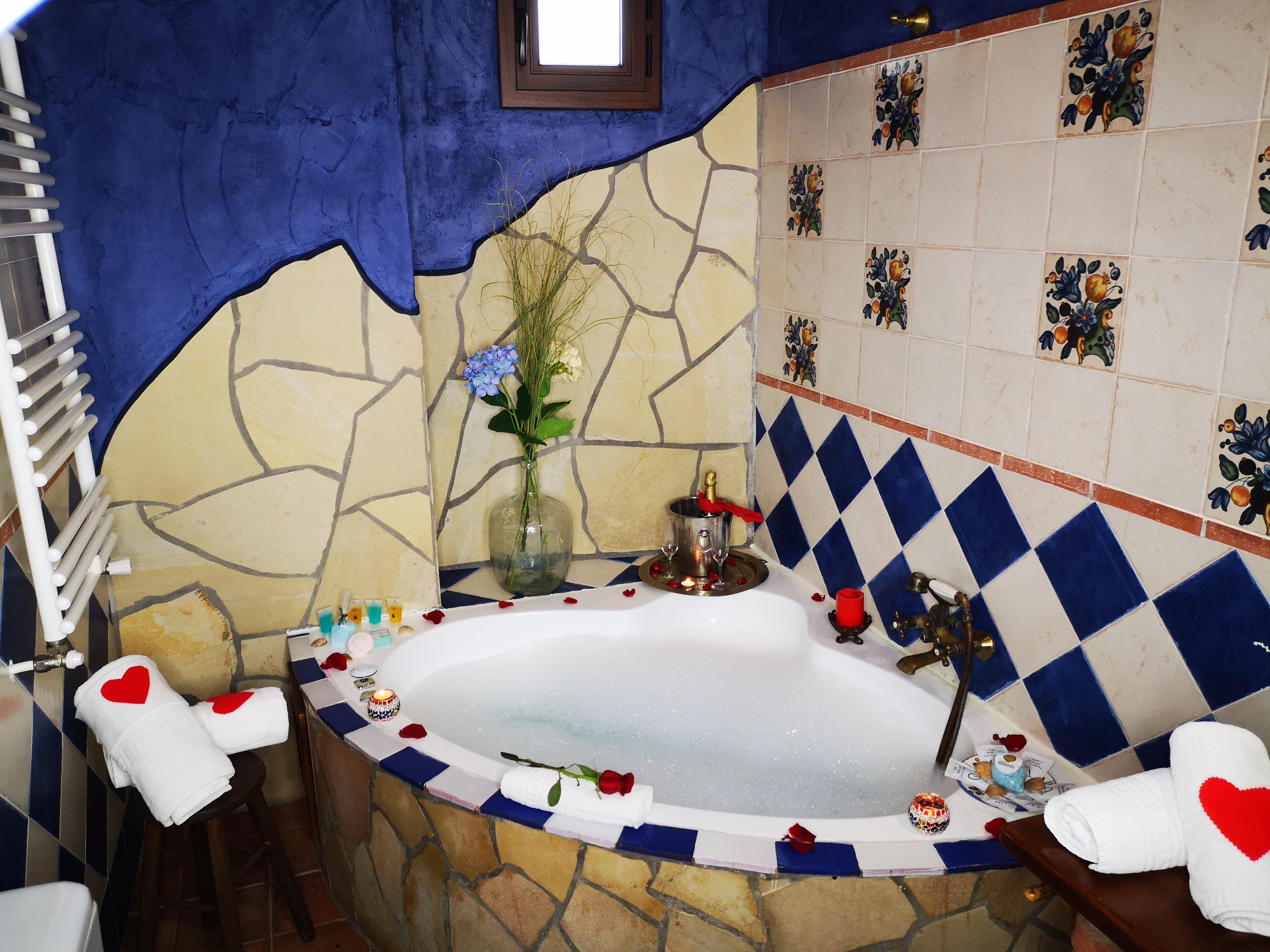 Fin De Semana En Cazorla, Casa Rural Con Jacuzzi