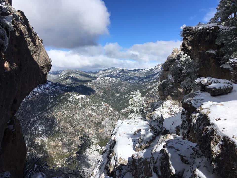 Nieve Y Chimenea En Cazorla, Casas La Suerte Hinojares.